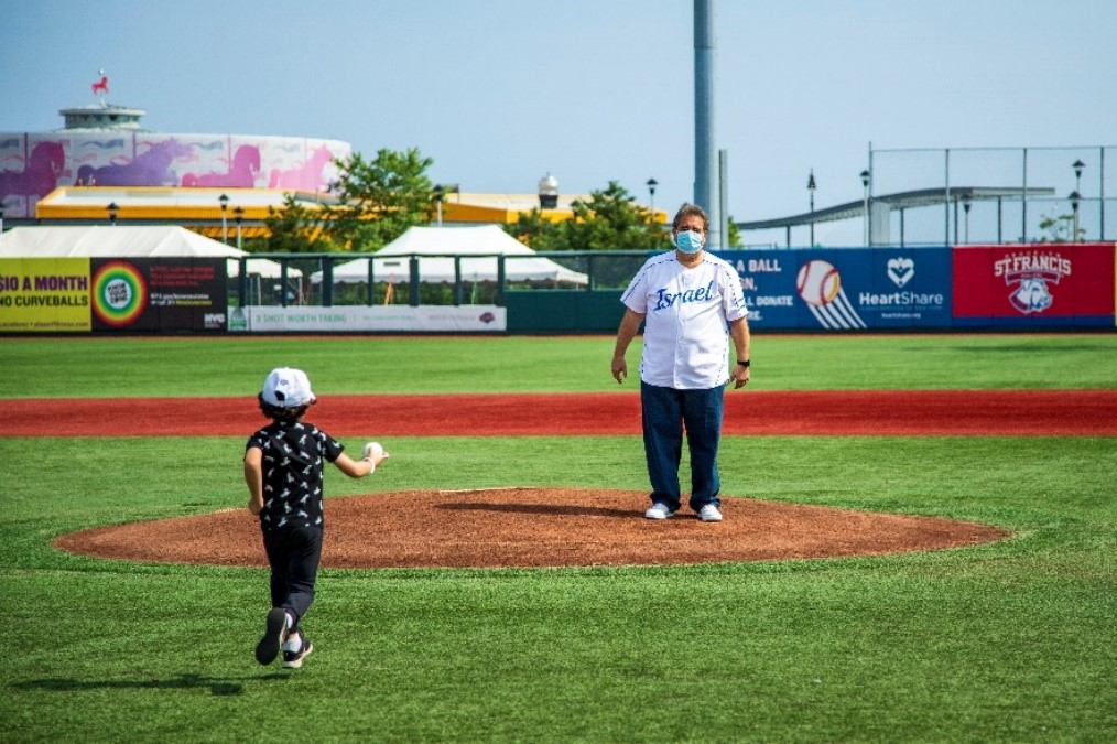 JNF-USA CEO Russell F. Robinson prepares to throw the ceremonial first pitch at MCU Park on July 11, 2021 (photo courtesy Israel Baseball)